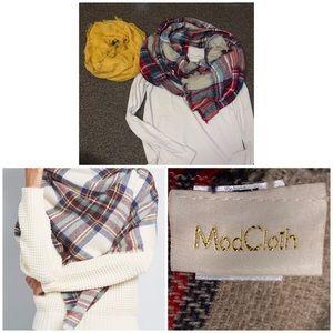 Warm scarf bundle! Like new